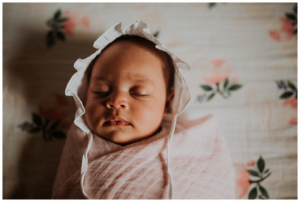 Taylin Newborn_0230.jpg