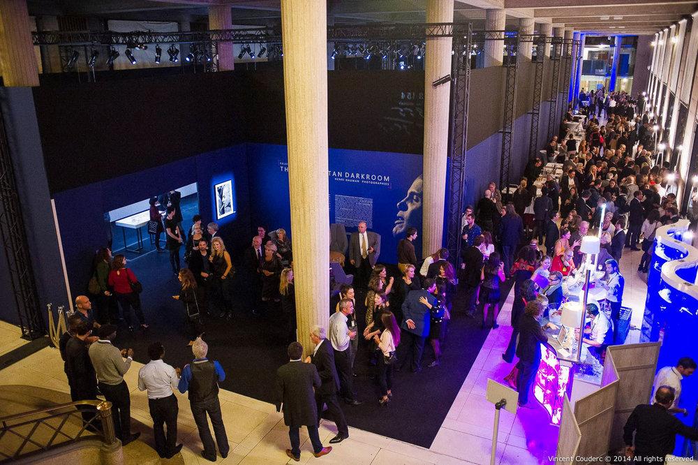 Vernissage de l'exposition, le 03 novembre 2014  Exposition sur le travail du photographe Henri Dauman Palais d'Iéna,Paris, 2014.   www.manhattan-darkroom.com