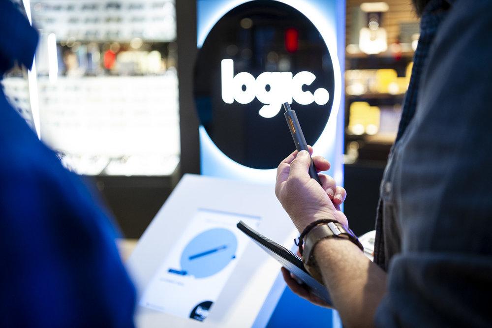 Lancement de la cigarette électronique Logic du groupe Japan Tobacco International  Terminal LACM Roissy Charles de Gaulle