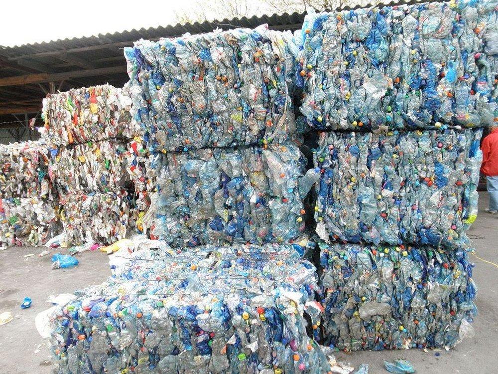 plastic-garbage-plastics-landfill-trash-.jpg