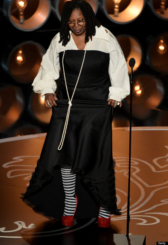 o-WHOOPI-GOLDBERG-OSCARS-DRESS-2014-570.jpg