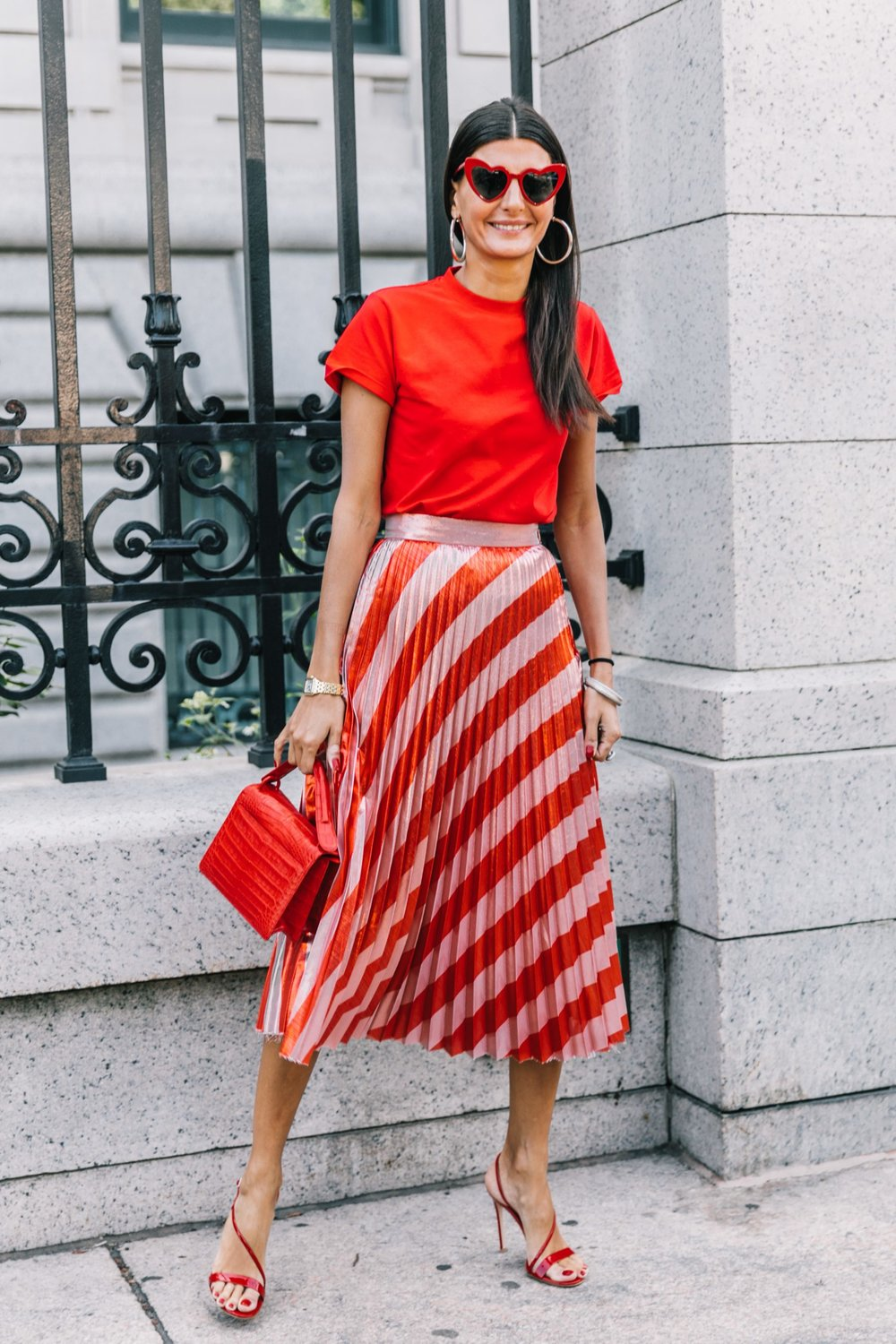 NYFW-SS18-New_York_Fashion_Week-Street_Style-Vogue-Collage_Vintage-70-1800x2700.jpg