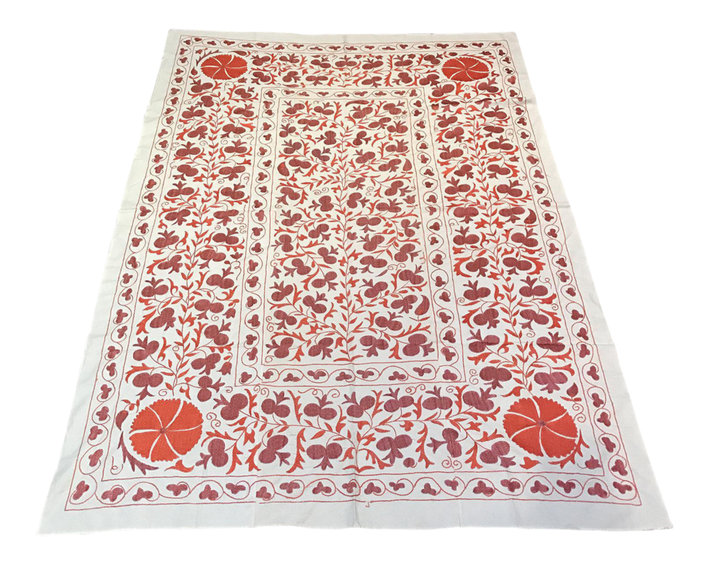 red-suzani-vintage-fabric-suzani-bedspread-4102.png