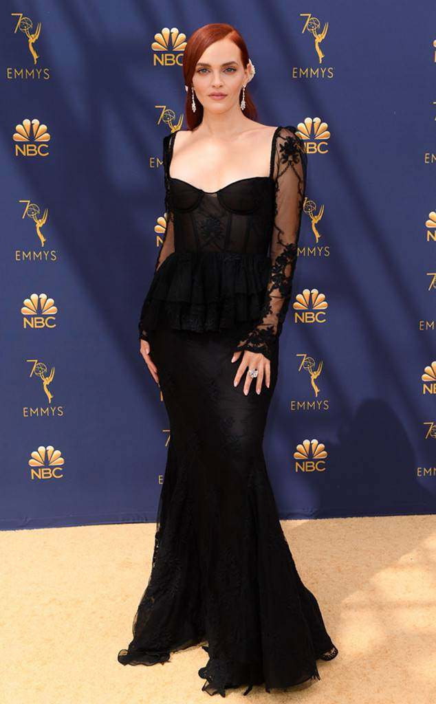 rs_634x1024-180917143316-634-2018-emmy-awards-red-carpet-fashion-Madeleine-Brewer.jpg