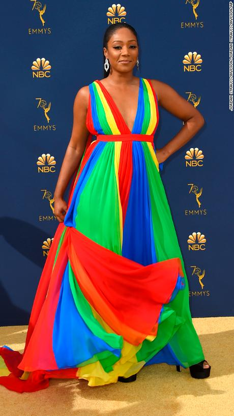 180917194314-07-2018-emmy-awards-red-carpet-exlarge-916.jpg