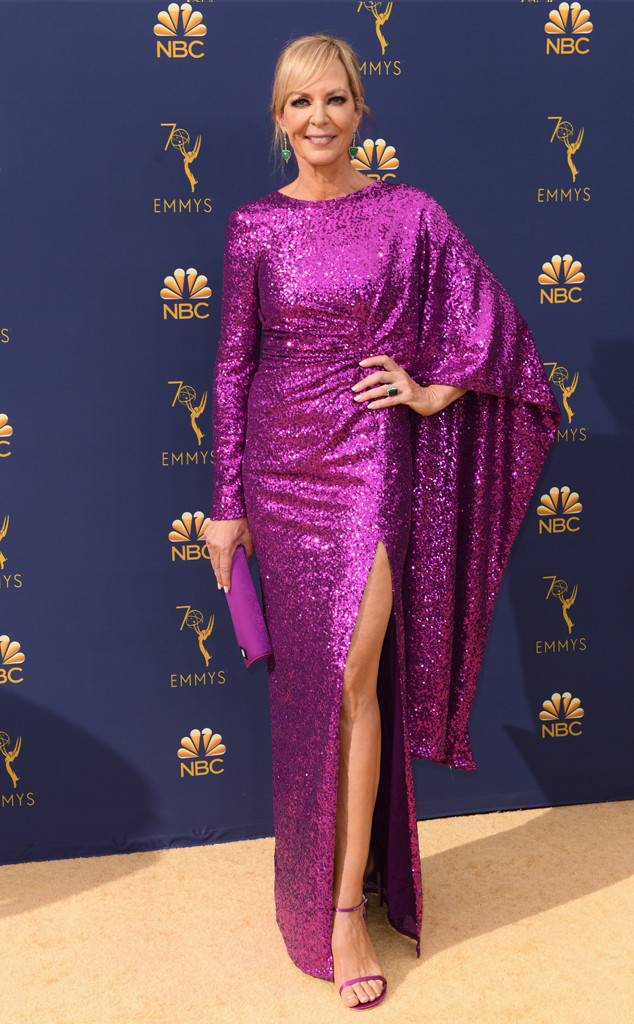 rs_634x1024-180917162158-634-2018-emmy-awards-red-carpet-fashion-allison-janney.jpg