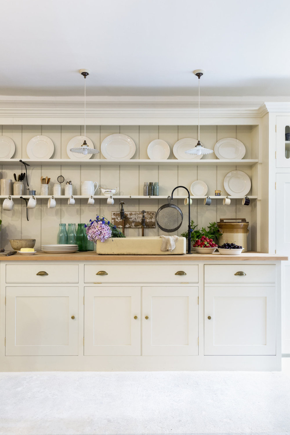 plain-english-kitchen-at-howe-london-3-1466x2199.jpg