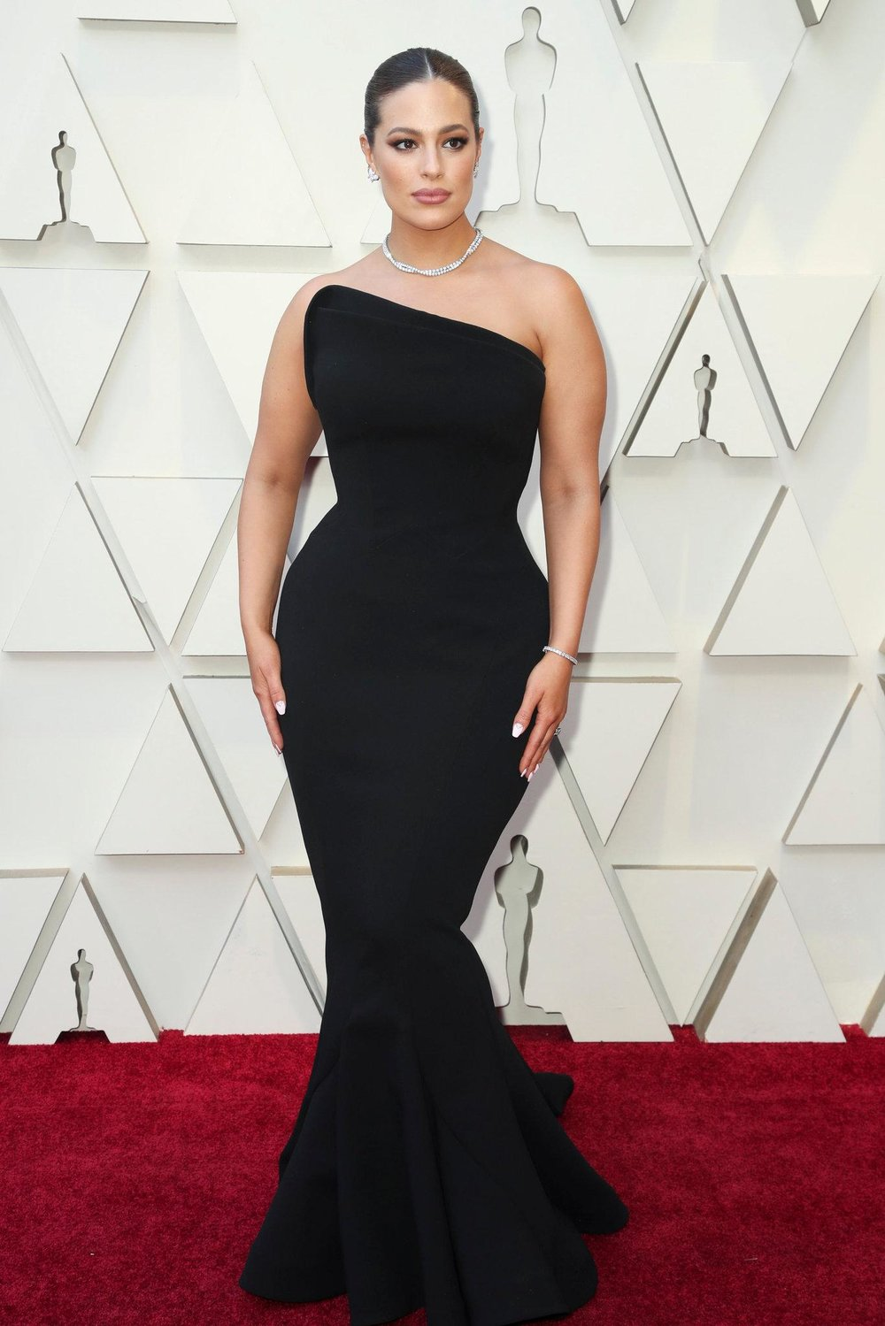 josh-oscars-2019-814-ashley-graham-superJumbo-v2.jpg