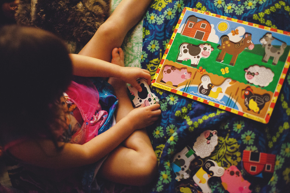 78/365 |  puzzles before bedtime. | 9:37pm
