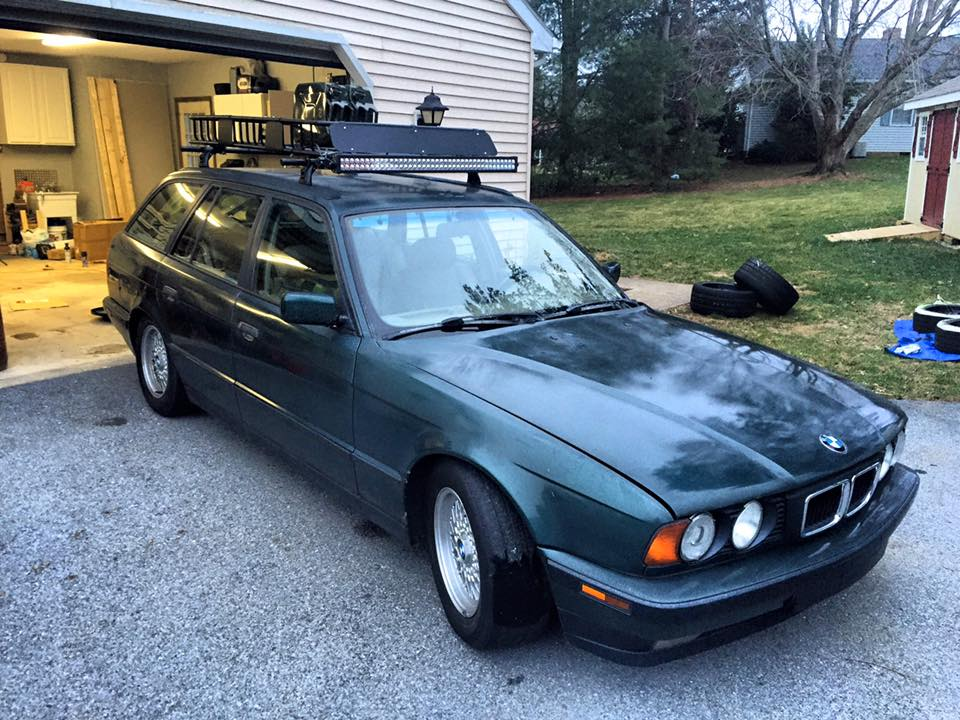 1994 BMW 540i Touring with manual swap