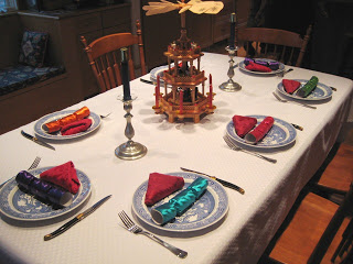 Christmas+table+setting.JPG