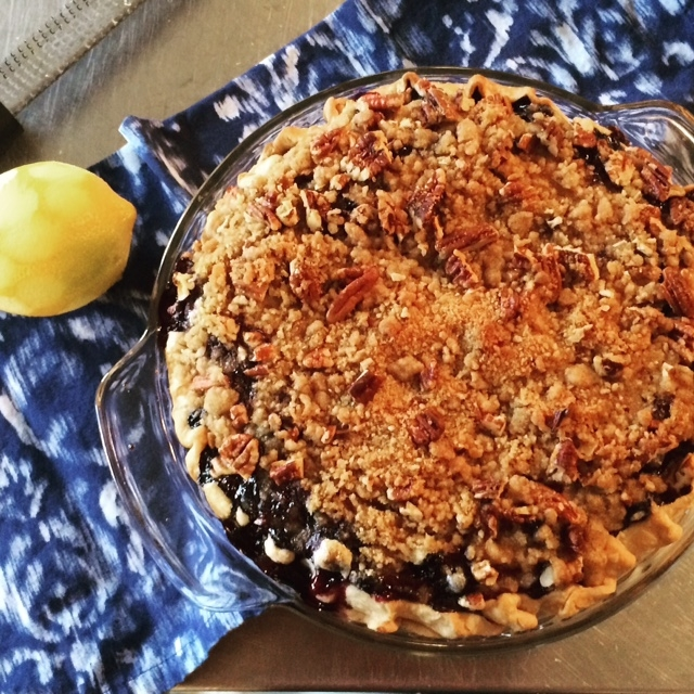 Blueberry Custard Crumb Pie