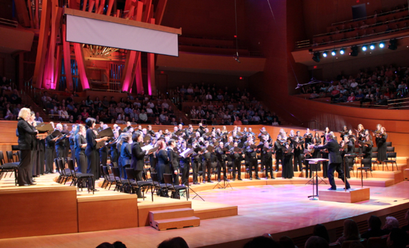 Grant Gershon leads the Los Angeles Master Chorale at Walt Disney Concert Hall in the final concert of its 50th season. (Photos by Patrick Brown)