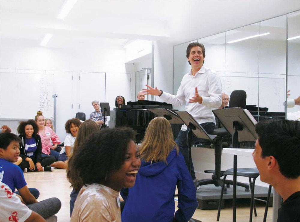 Núñez in rehearsal  © Jillian Haynes/YPC