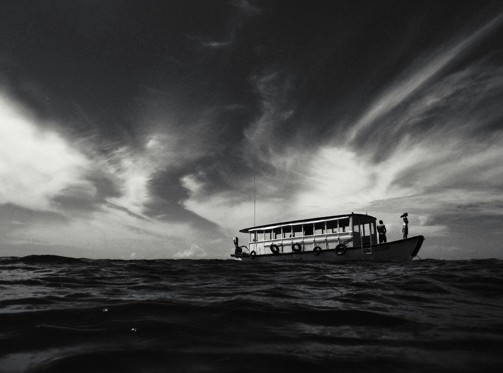 Baa Atoll, Maldives. Canon PowerShot G10. (2009)