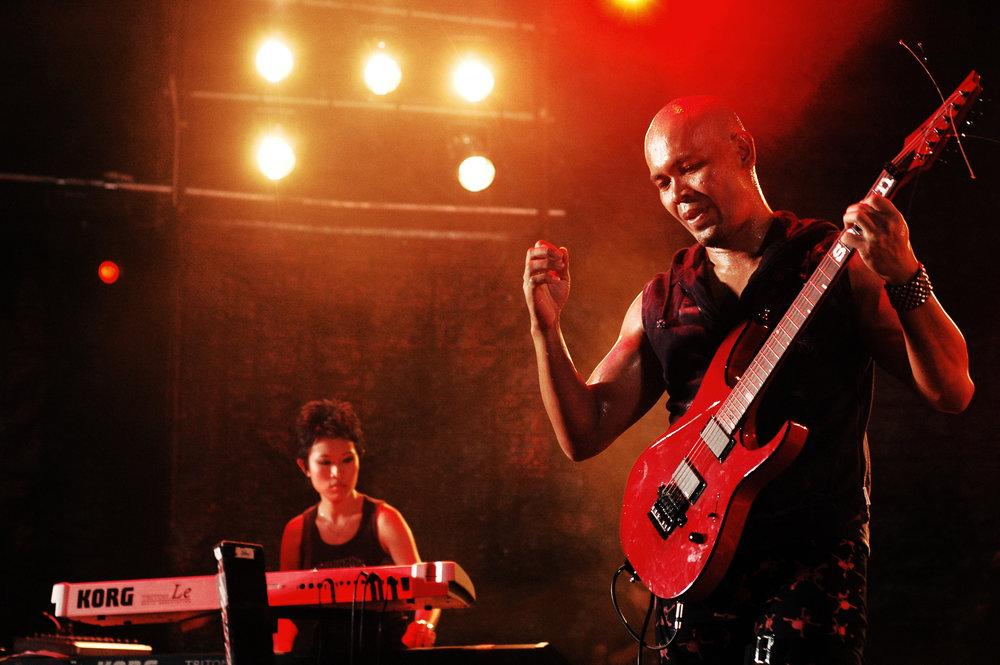 2008-02-01 - Male' City - Rockstorm Chapter 2 Freak Your Senses - D70s--6.jpg