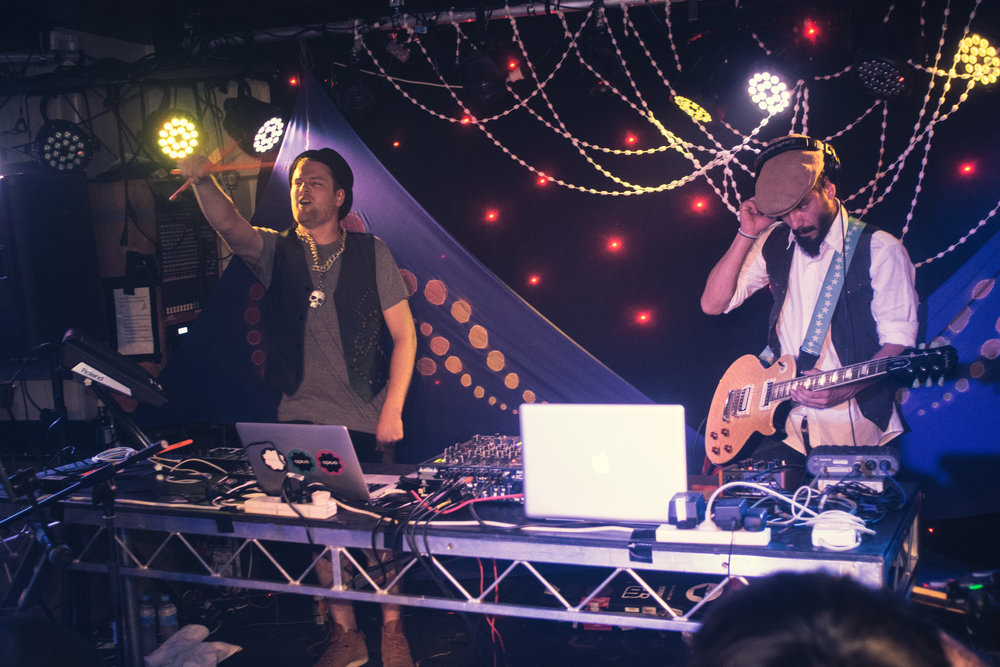 2014-03-20 - Hobart - Dub FX & Opiuo live at the Republic Bar - D7100--19.jpg