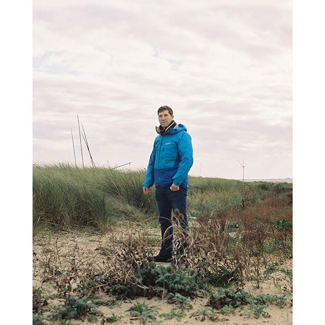 Julian. Norfolk 2017 #hikes #holidays #berghaus @berghausofficial #portrait #35mm #analogphotography #analog #filmisnotdead #adventure #sea #seascape #northsea #beach #travel #brother
