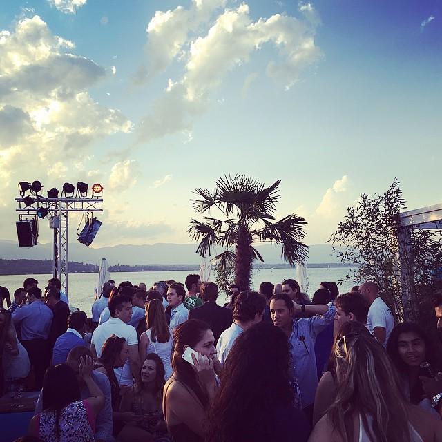 Geneva is hot hot hot! Summertime vibes! #geneva#summertime#cool#sun#lake#instamoment