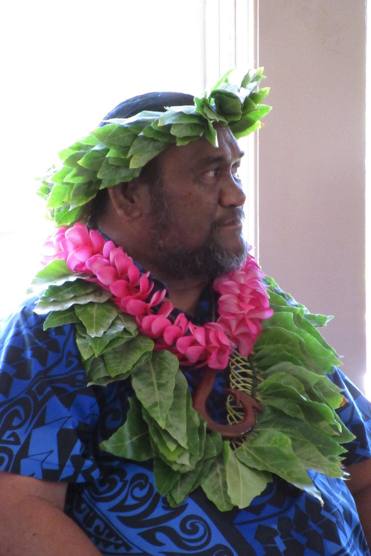 Kumu Paʻa Lawrence Aki at the opening ceremony Molokai Hula Bliss & Huakaʻi 2017