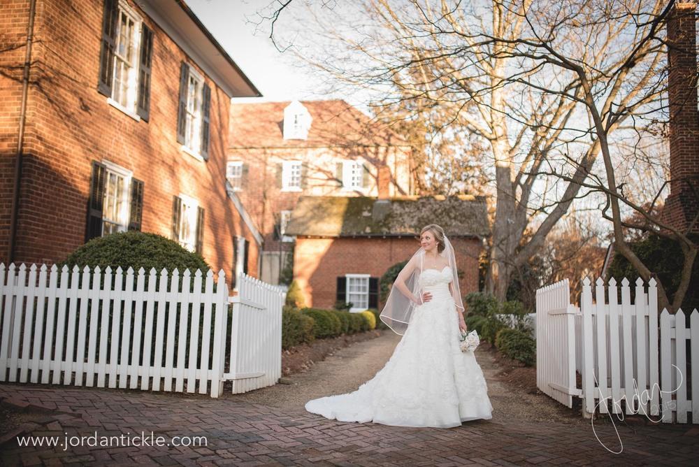 old salem nc bridal photos -8.jpg