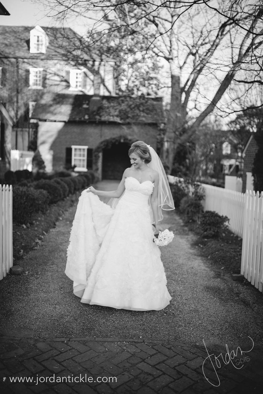 old salem nc bridal photos -10.jpg