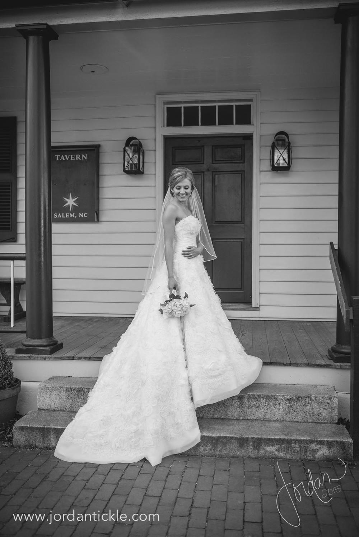 old salem nc bridal photos -13.jpg