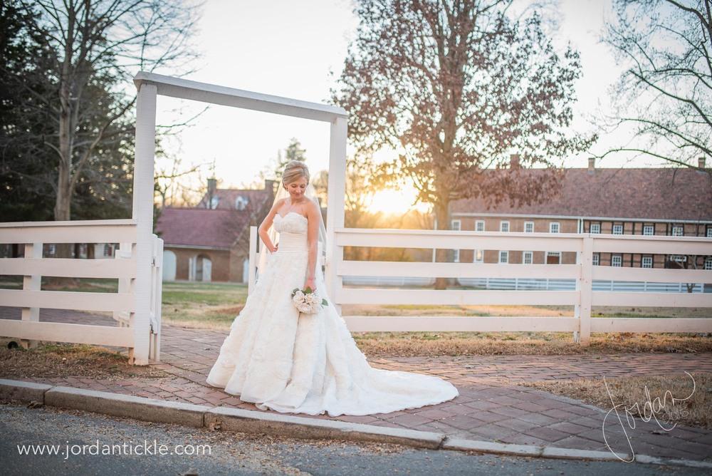 old salem nc bridal photos -17.jpg