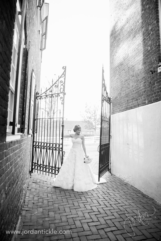 old salem nc bridal photos -15.jpg