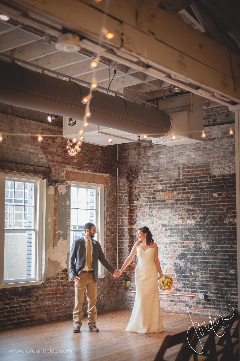 stockroom_downtown_raleigh_nc_wedding_jordan_tickle_photography-13.jpg