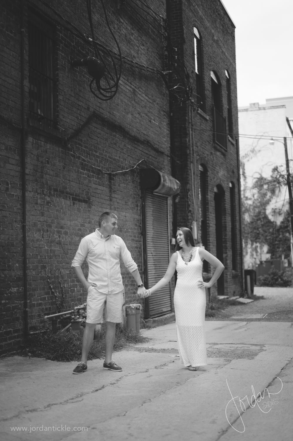 greensboro nc engagement photography downtown -2.jpg