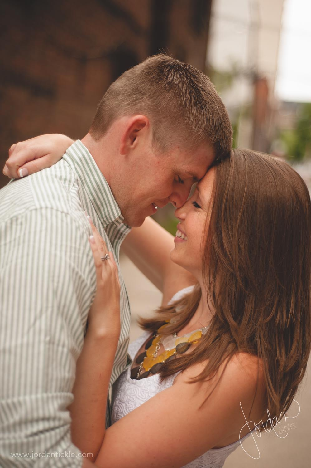 greensboro nc engagement photography downtown -4.jpg