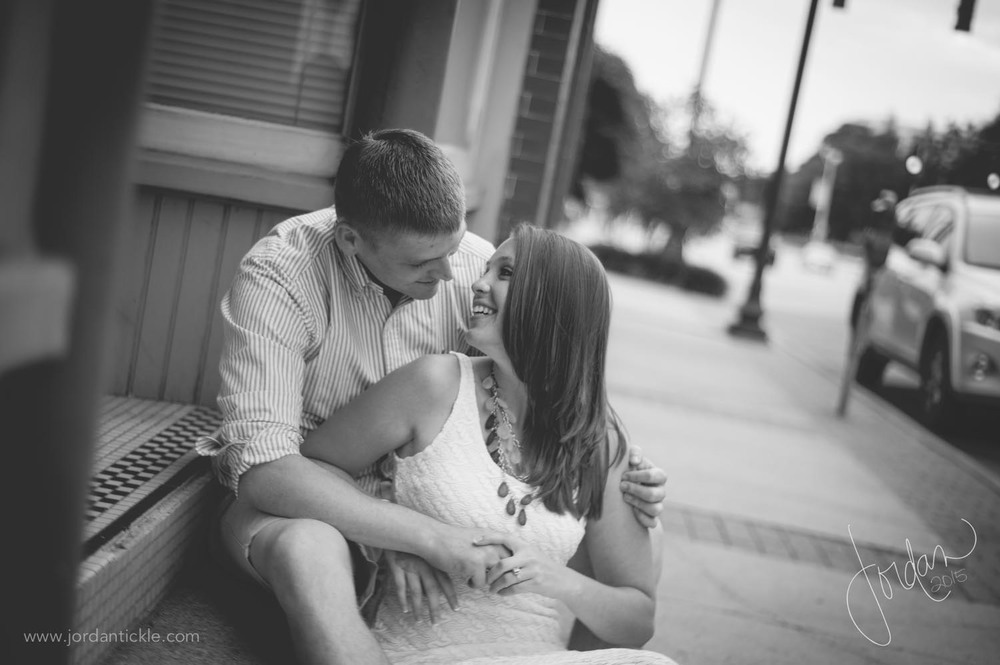 greensboro nc engagement photography downtown -5.jpg