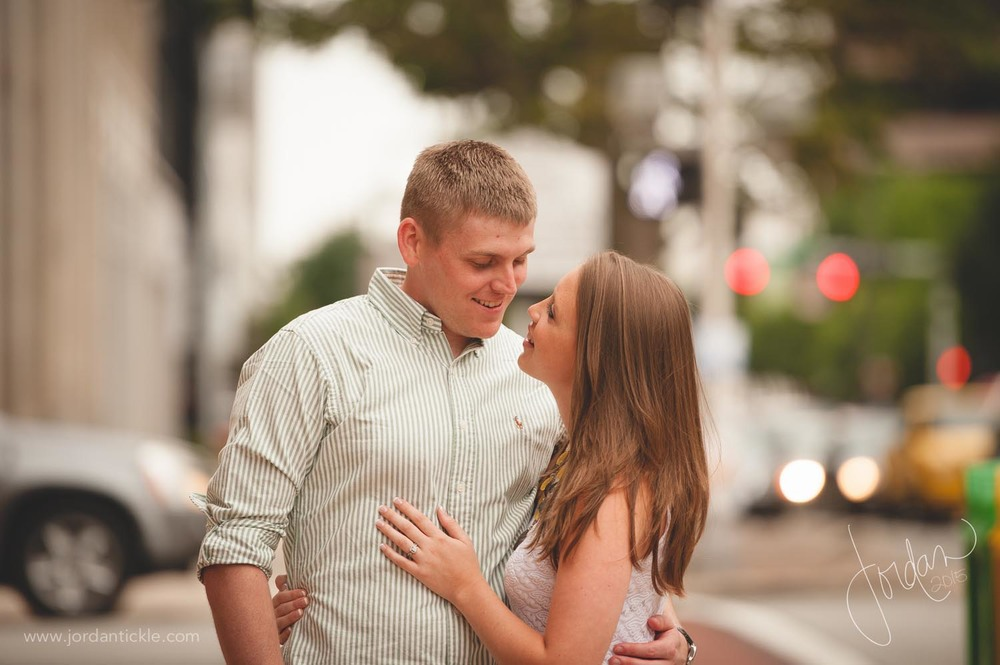 greensboro nc engagement photography downtown -13.jpg