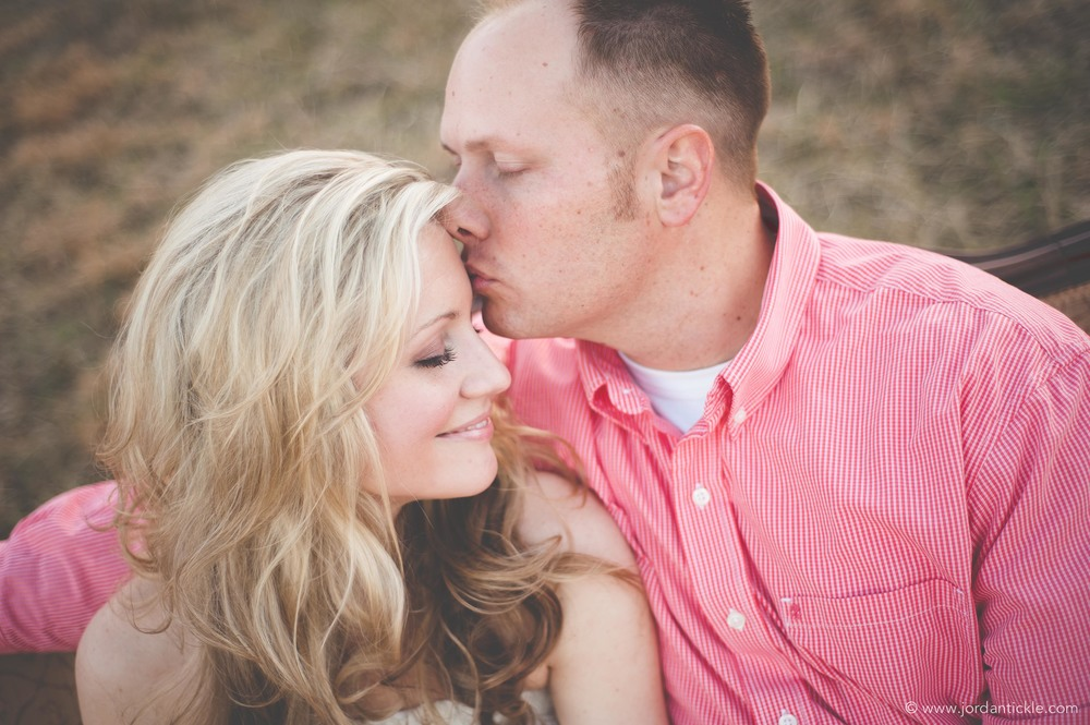 engagement-photo-man-kissing-woman-nc