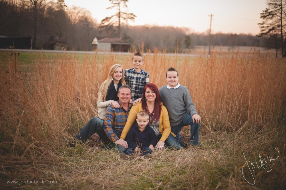 family photos in field nc -10.jpg