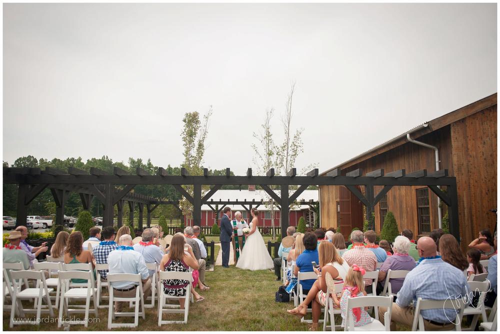 surprise_wedding_shooting_star_horse_farm_nc_jtp_0014.jpg