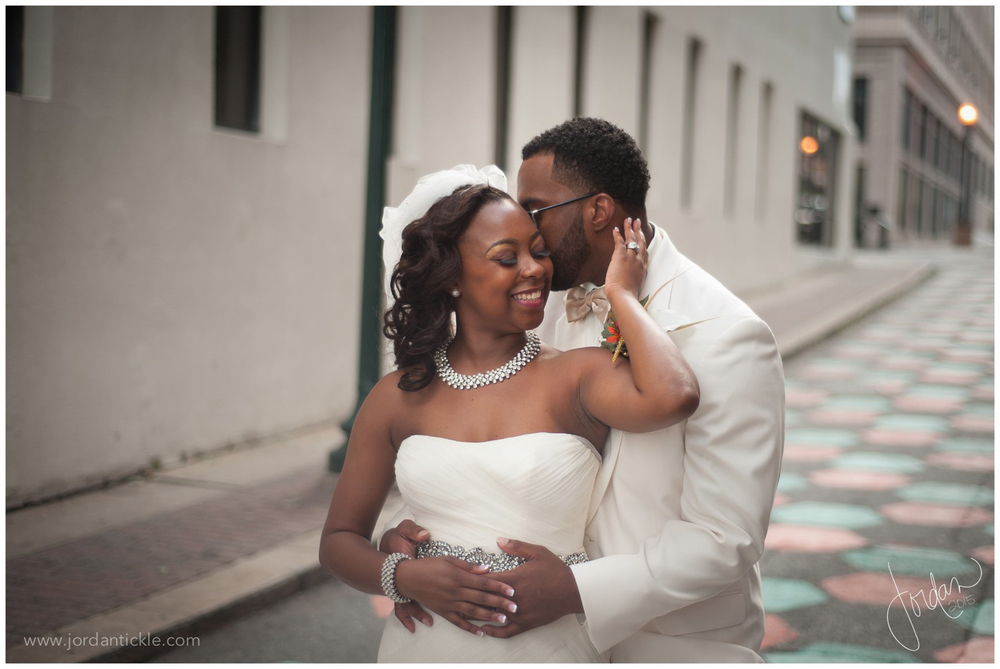 empire_room_wedding_greensboro_nc_jordan_tickle-27.jpg