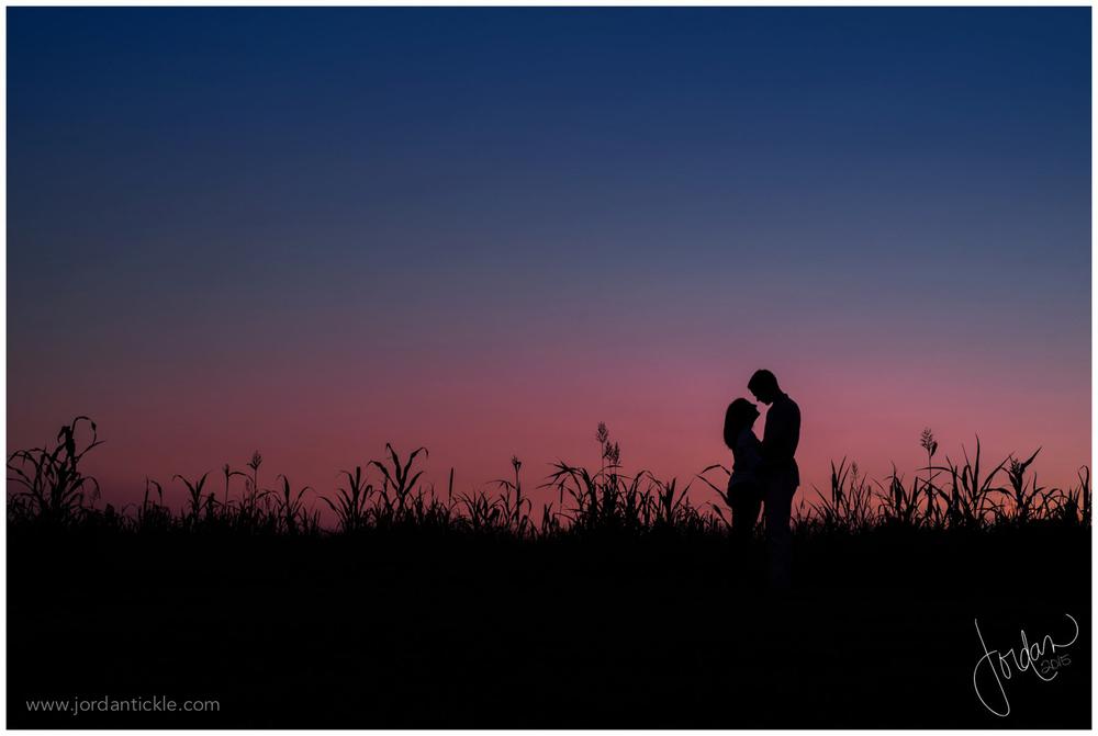 summerfield_farm_engagement_photo_jordan_tickle_photography-18.jpg