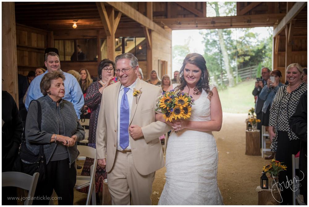 dewberry_farm_Kernersville_nc_wedding_jordan_tickle_photography-14.jpg