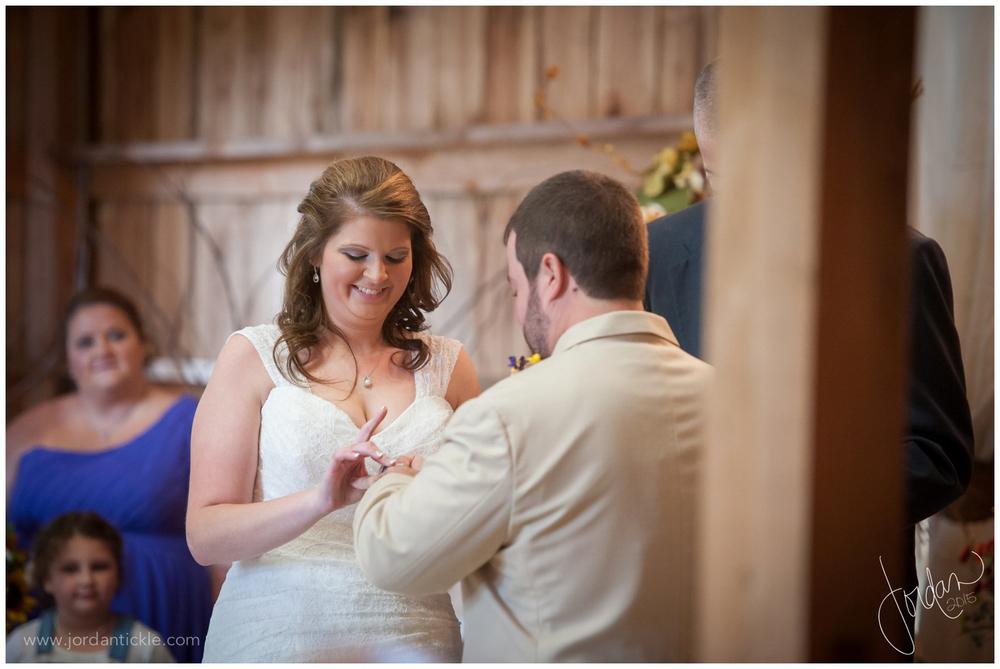 dewberry_farm_Kernersville_nc_wedding_jordan_tickle_photography-19.jpg