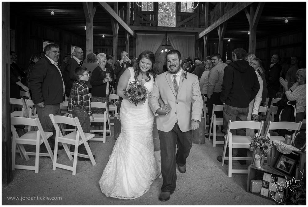 dewberry_farm_Kernersville_nc_wedding_jordan_tickle_photography-21.jpg