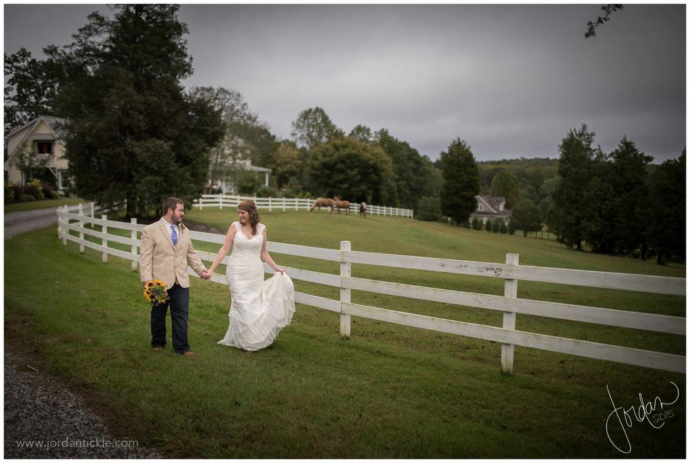 dewberry_farm_Kernersville_nc_wedding_jordan_tickle_photography-27.jpg
