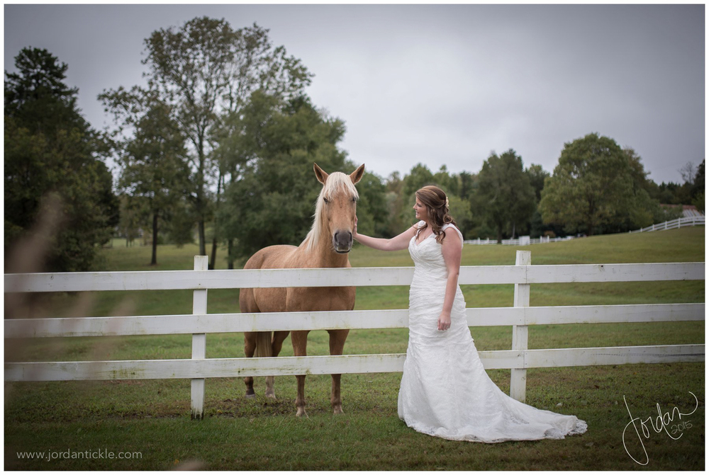 dewberry_farm_Kernersville_nc_wedding_jordan_tickle_photography-31.jpg