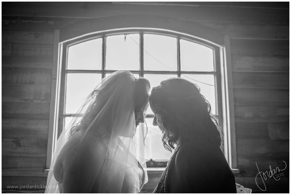 barns_at_chip_ridge_wedding_photography_abingdon_va-13.jpg