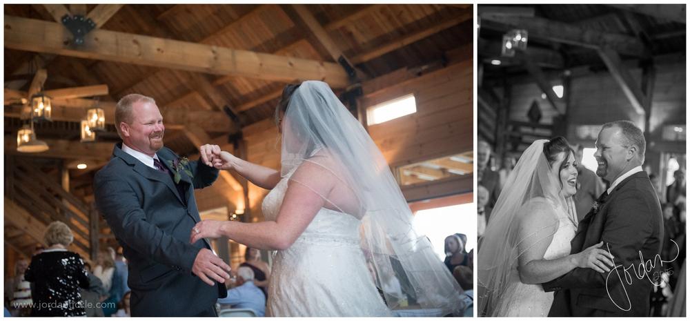 barns_at_chip_ridge_wedding_photography_abingdon_va-24.jpg