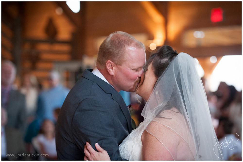 barns_at_chip_ridge_wedding_photography_abingdon_va-25.jpg