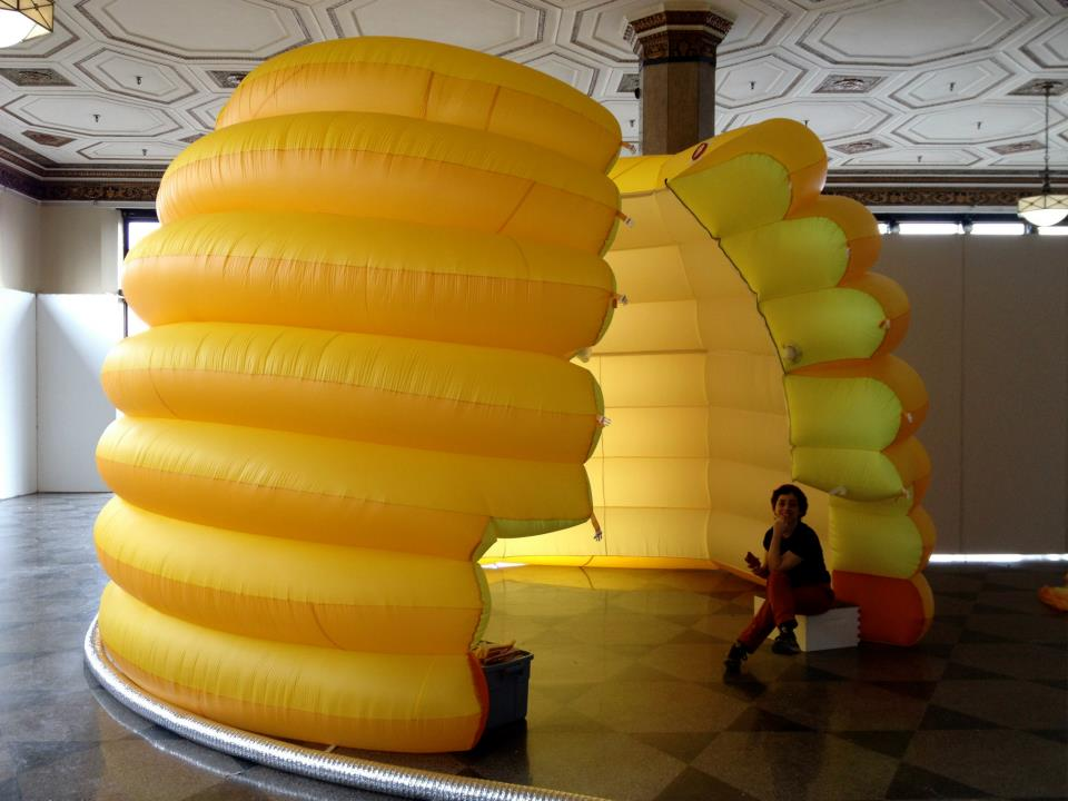 Festooning the Inflatable Beehive opened to it's amphitheater like state.
