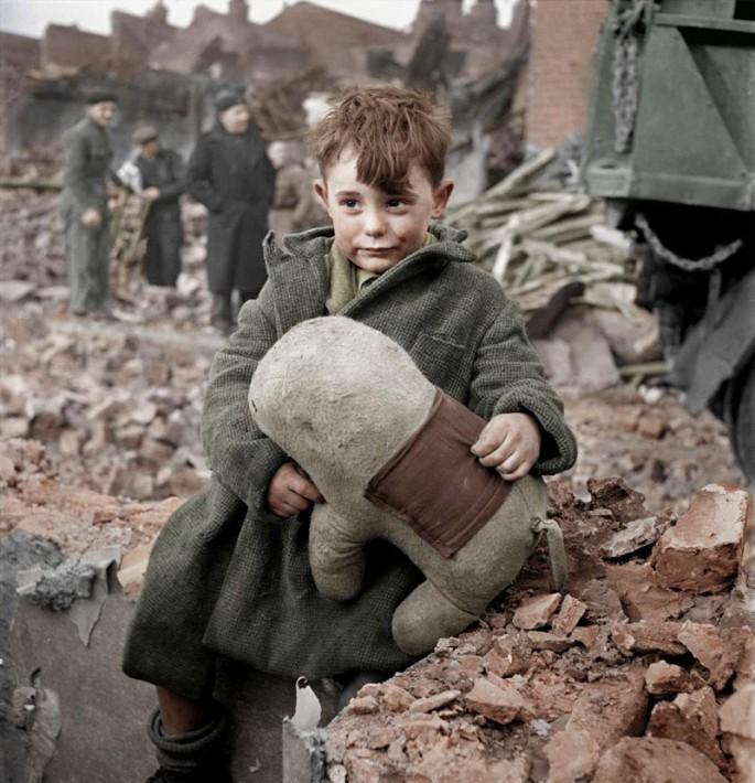 Colorized-Historical-Photos-01-685x710.jpg