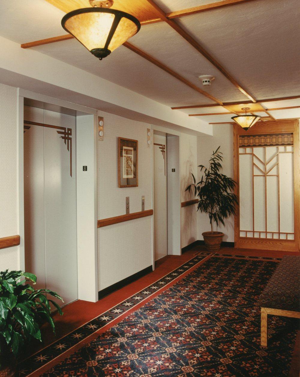 Sammons Wing Elevator Lobby